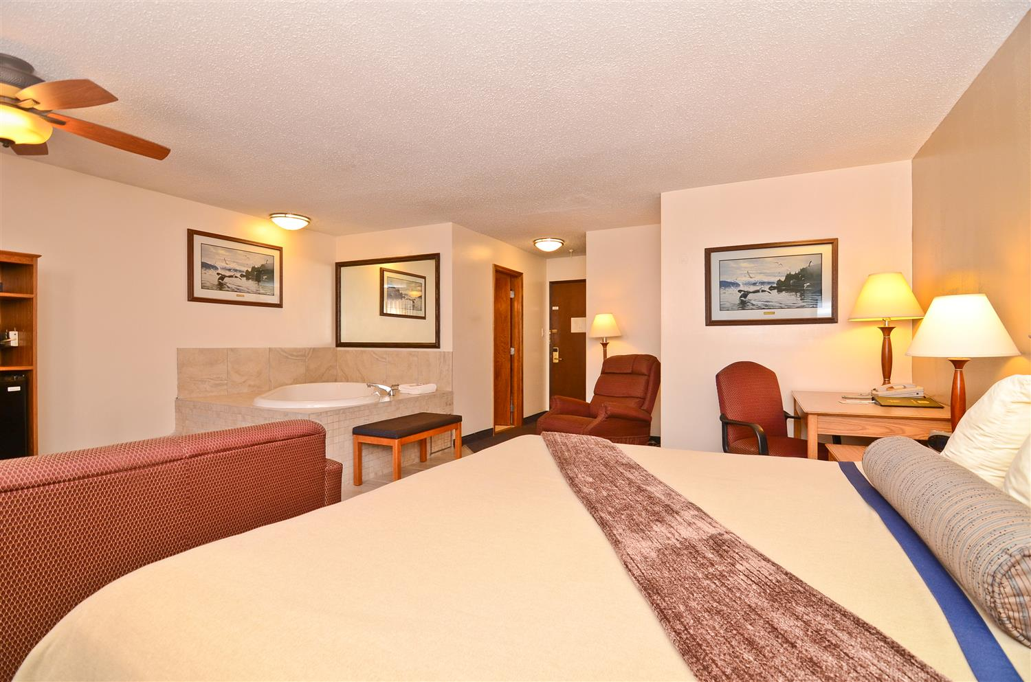 The Honeymoon Suite Is Perfect For A Weekend Getaway