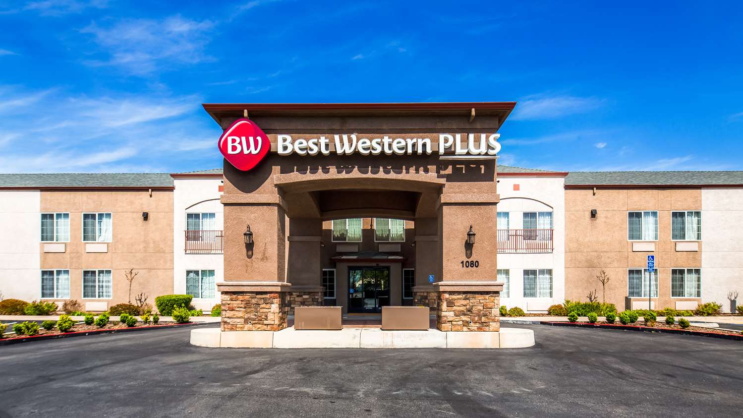 Redding Hotels Best Western Plus Twin View Inn Suites