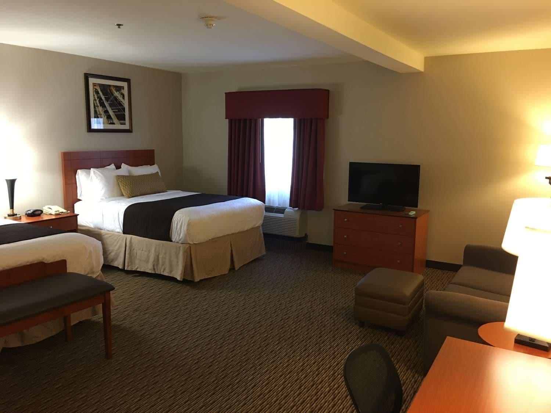 Hotels in Colton CA | Best Western Plus Arrowhead Hotel