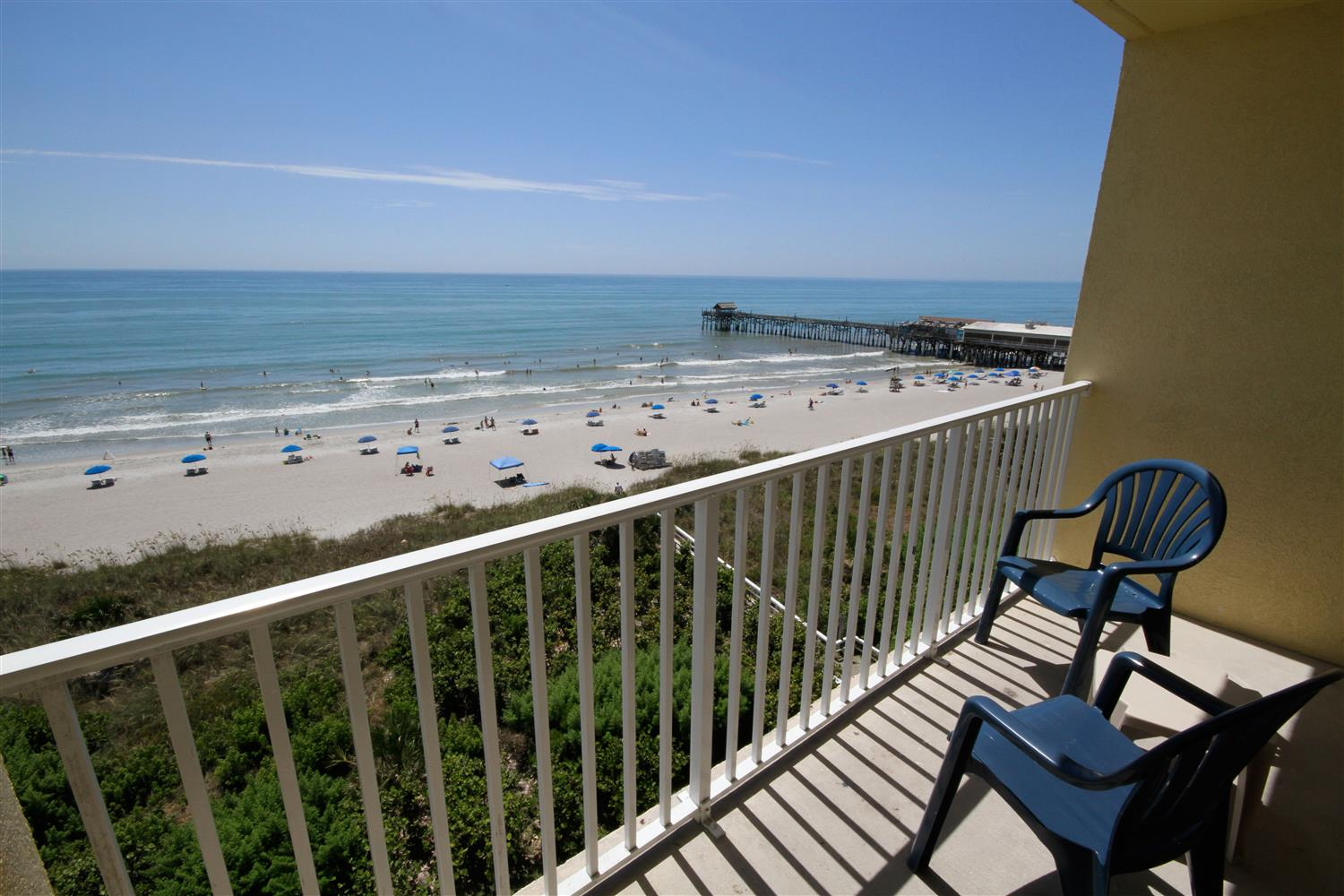 Beach Tower Room Ocean Front Cocoa Pier Wireless Internet Microwave Refrigerator Large Desk Table And Chairs Private Balcony Breakfast