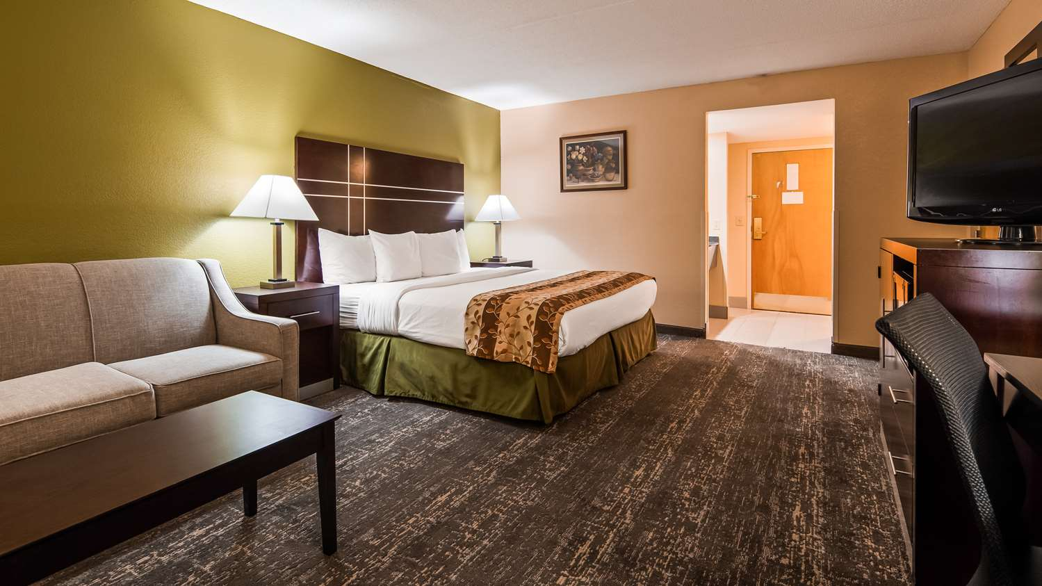 Hotels in Fort Wayne| Best Western Luxbury Inn Fort Wayne