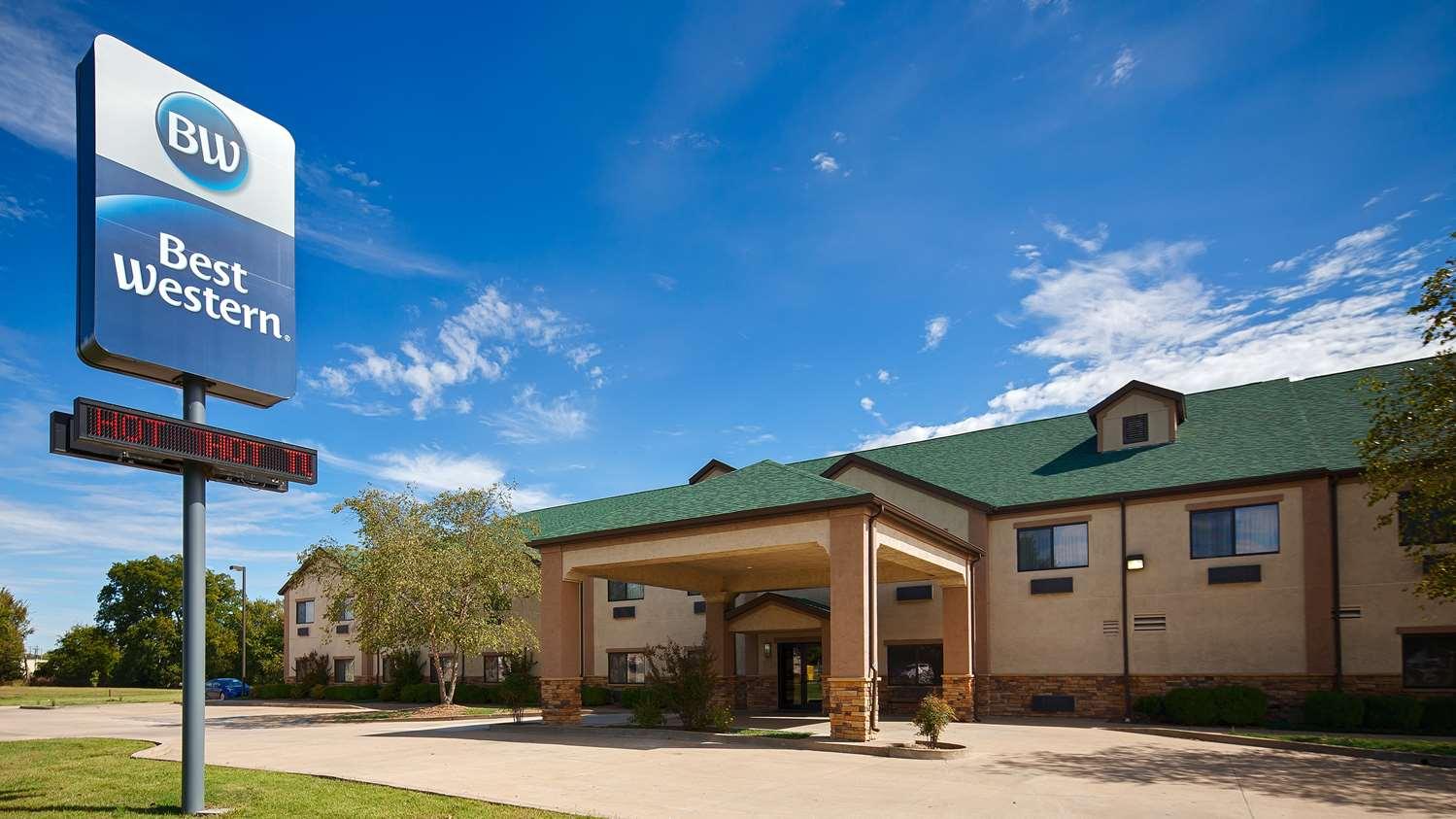 Coffeyville Hotels Best Western Bricktown Lodge Dalton Defenders Museum Hotel