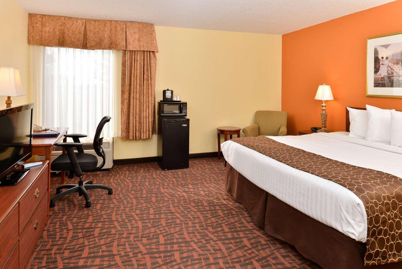 louisville ky hotels best western louisville east hotels in