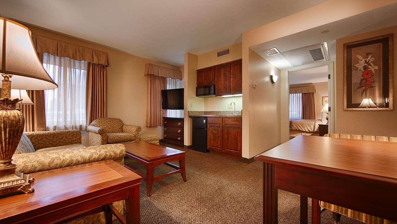 Hotels In Minneapolis, MN - Best Western Normandy Suites