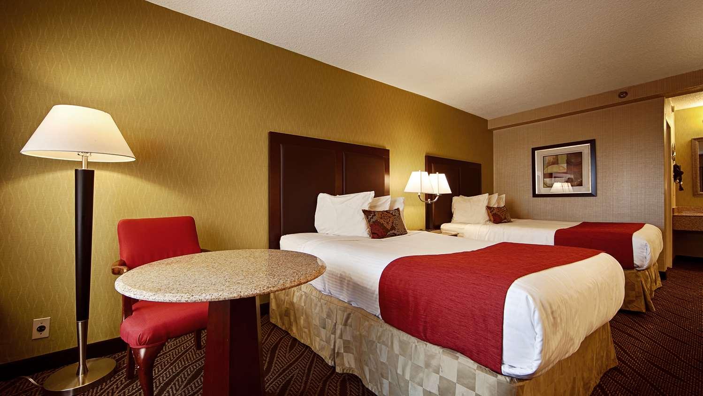 Rockville Centre Hotels | BEST WESTERN Mill River Manor | Long ...