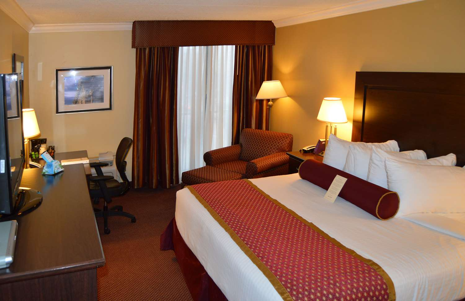 Your Comfort Is Our First Priority In King Size Room You Will Find That And Much More Hotel Desk
