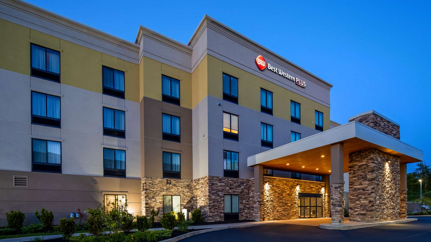 Hotels in Erie PA | Best Western Plus Erie Inn & Suites