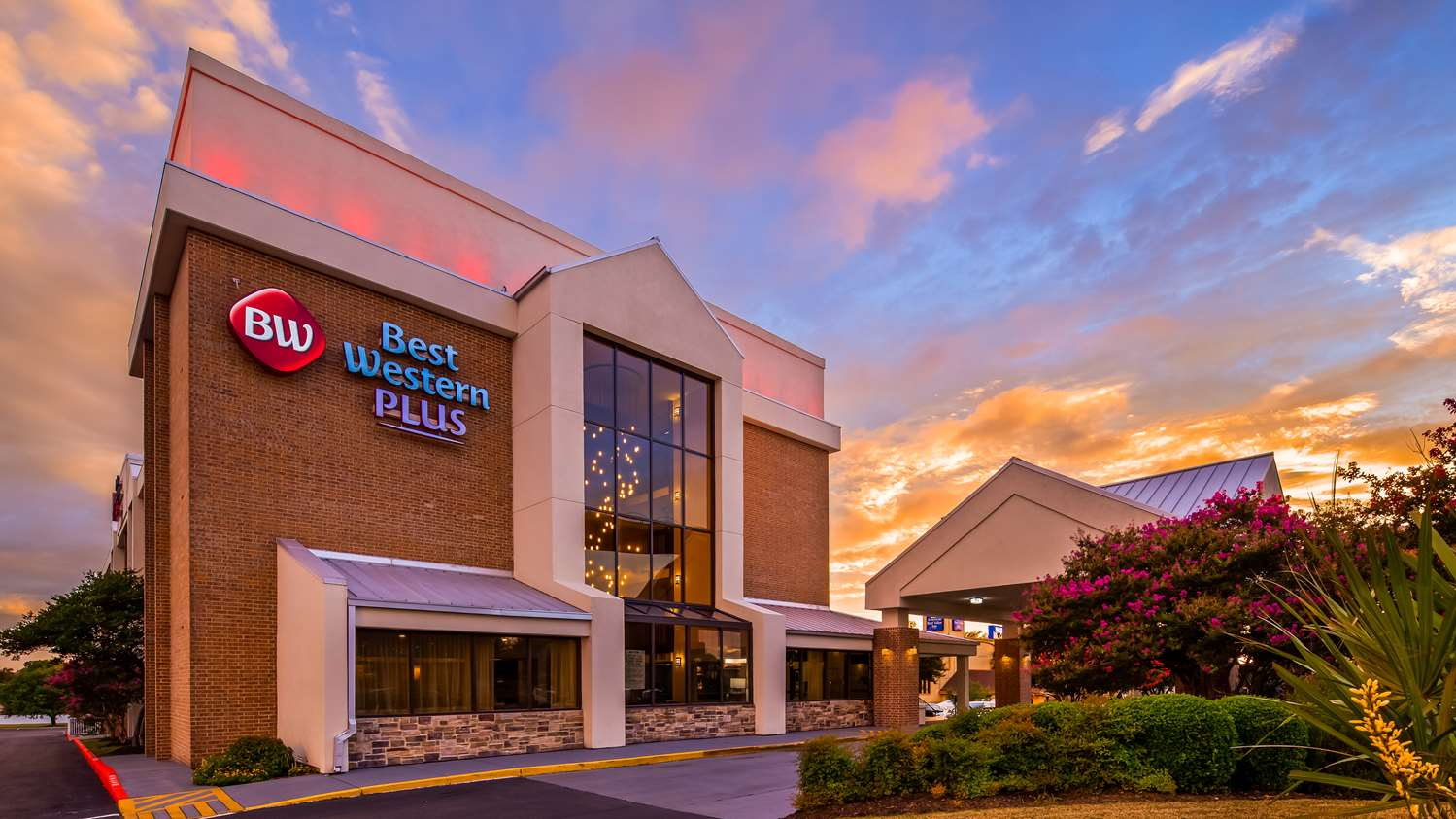 Hotels in North Austin | Best Western Plus Austin Central