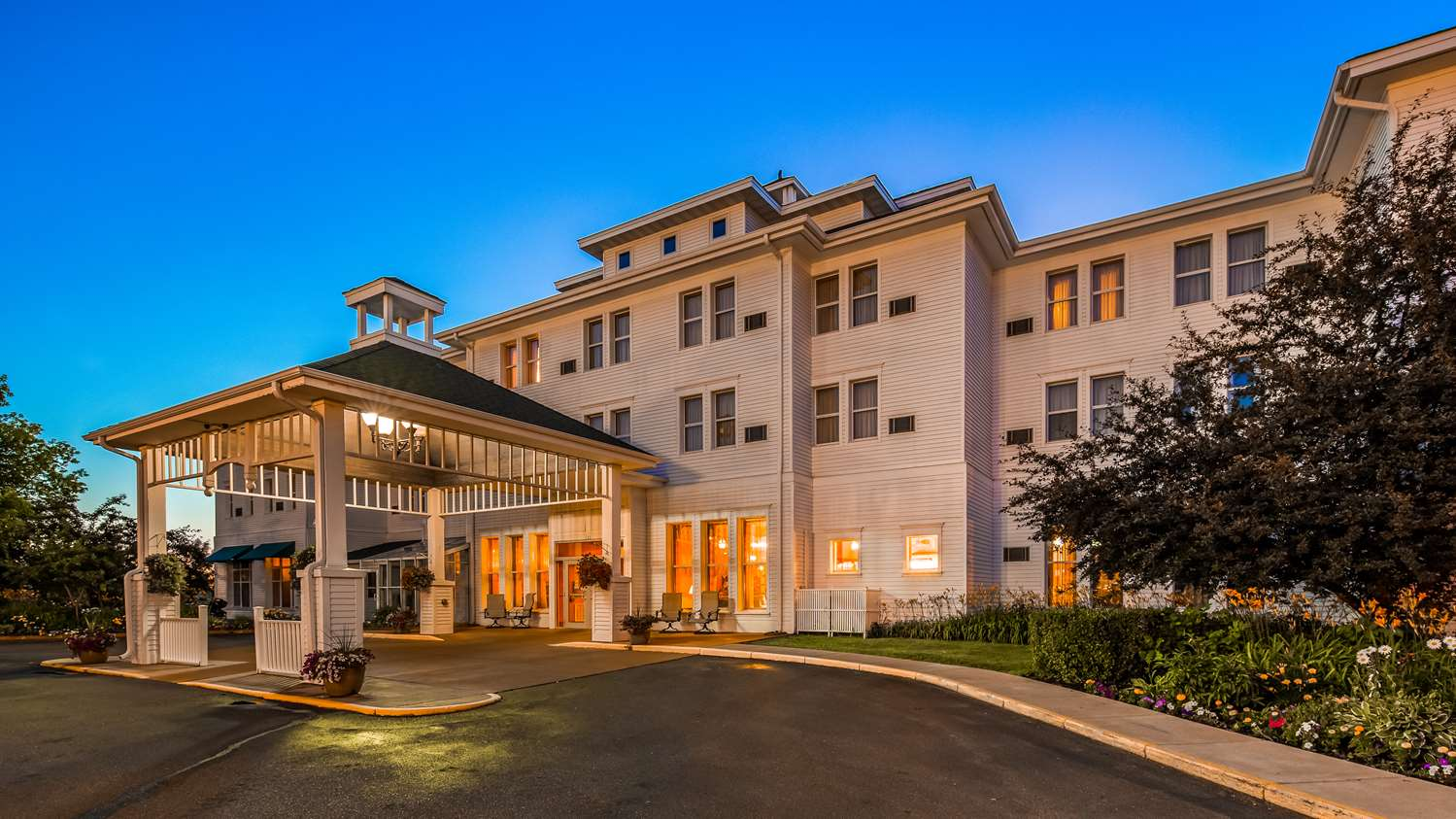 Ashland Wi Hotels Best Western The Hotel Chequamegon