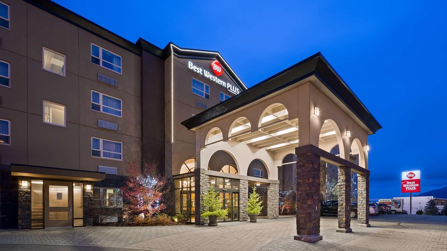 Kamloops Hotels Best Western Plus Kamloops Hotel Hotels In Kamloops