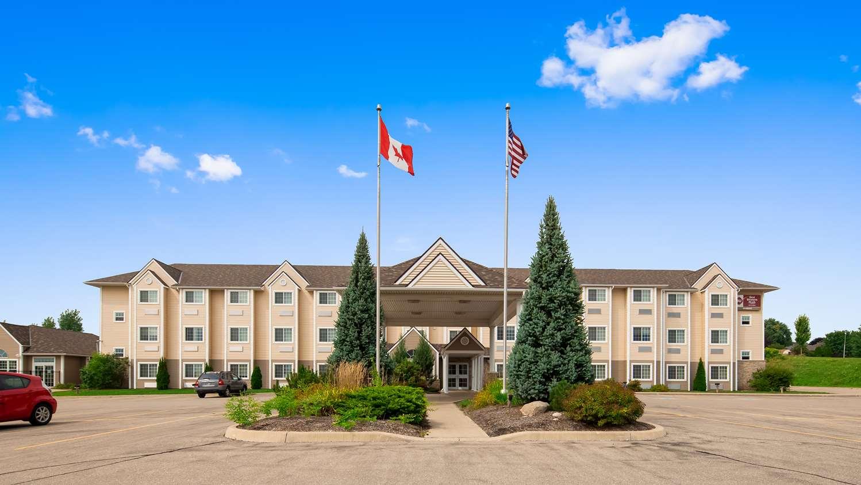 Woodstock ON Hotels   BEST WESTERN PLUS Woodstock Inn
